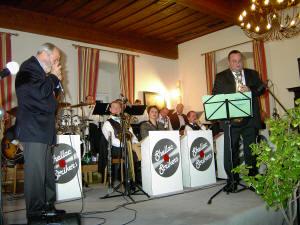 Die  Big Band mit Toni Müller und Poldi Fuhrmann. Klick für mehr  Bilder